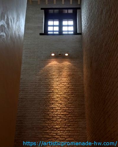 市川市東山魁夷記念館の階段