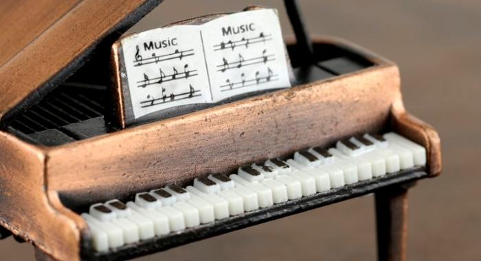 ピアノ教則本イメージ