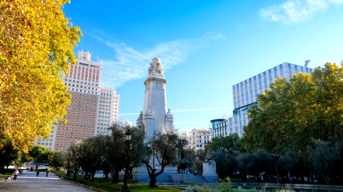 スペイン・マドリード「スペイン広場」