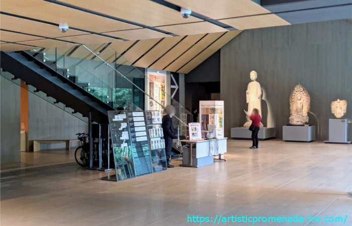 根津美術館・1階ホール